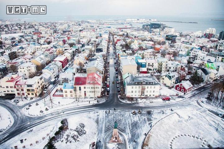 十五年前,冰岛人凭一己之力创造了太空伊甸园