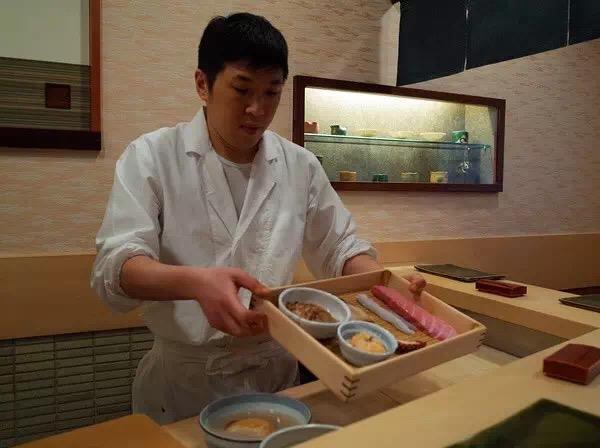 纏 寿司 六本木