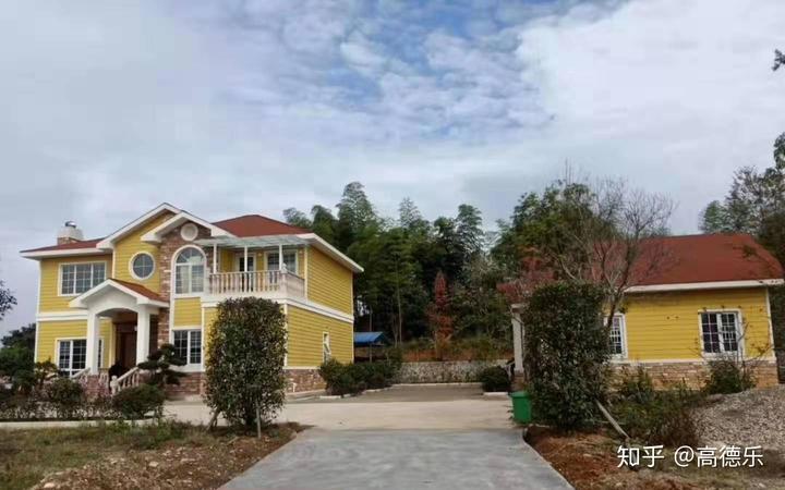 分享一套20万左右的新农村二层轻钢别墅效果图片欣赏